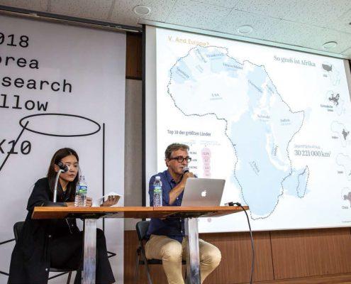 '차이프리카'를 주제로 발표하는 요한 베커
