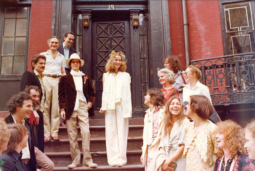 Gordon Matta-Clark, Jane Crawford and their friends after the wedding, 1978. ©The Estate of Gordon Matta-Clark; Courtesy The Estate of Gordon Matta-Clark and David Zwirner, New York/London/Hong Kong.