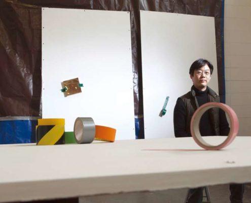 〈테이프 4번〉, 브론즈, 합판, 가변크기, 2018, 사진 박홍순