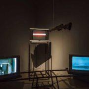 천샤오슝, 〈 시소 〉, 비디오 설치, 1994